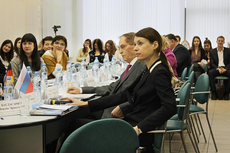 Инновационные технологии социальной работы с детьми и молодежью: российский и зарубежный опыт